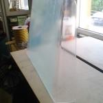 Vindruta för båt. Bockad akrylplast för föraren till båten.